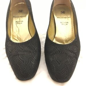 Bruno Magli Black Patterned Heels Size 7